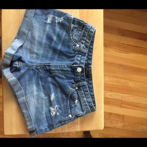 Fvr 21 Distressed Cuffed Embroidered Shorts Sz S